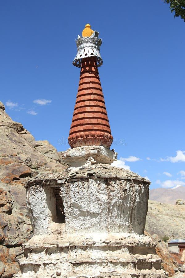 Chorten在喜马拉雅山,拉达克 免版税库存照片
