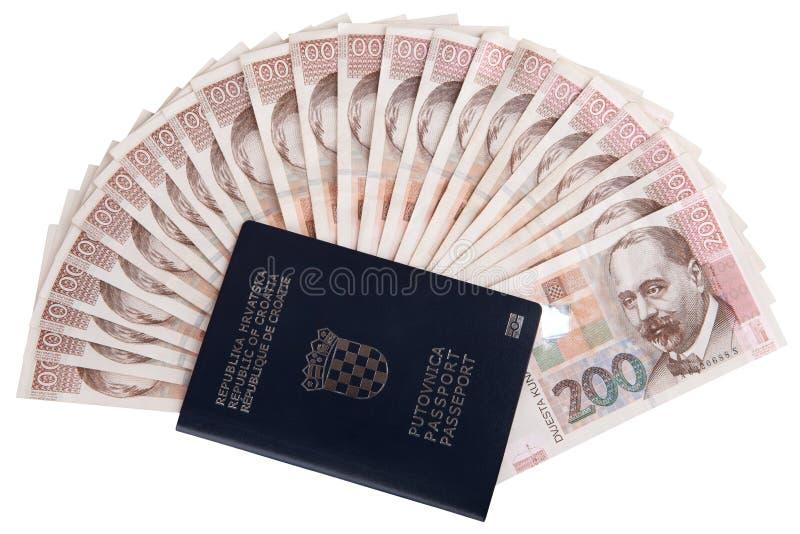 Chorwacki paszport z pieniądze fotografia stock