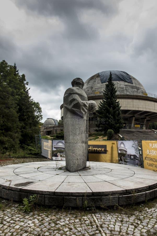 Chorzow, Pologne, 28 septembre 2019 : Planétarium silésien dans le Parc Silésien de Chorzów, actuellement fermé photos libres de droits