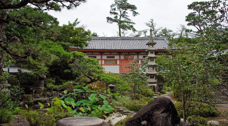 Choseikaku villaträdgård av av Kosanji Temple i Japan royaltyfria foton