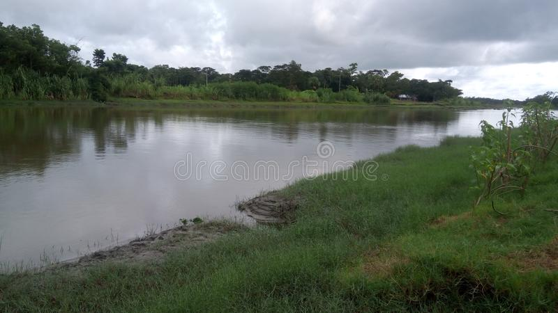 Choto Feni flod arkivfoto