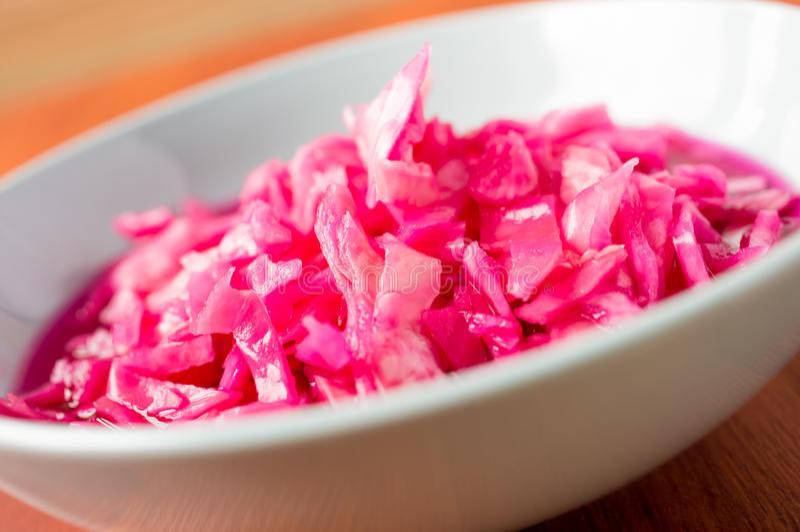 Download Choucroute image stock. Image du coleslaw, rustique, coupé - 45366341