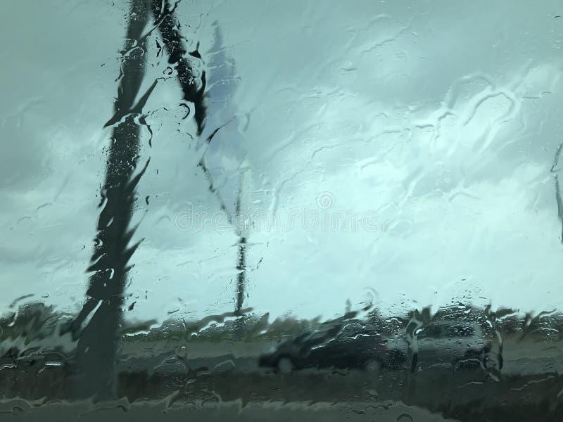 Chovendo o dia na cidade de Palma de Mallorca imagem de stock