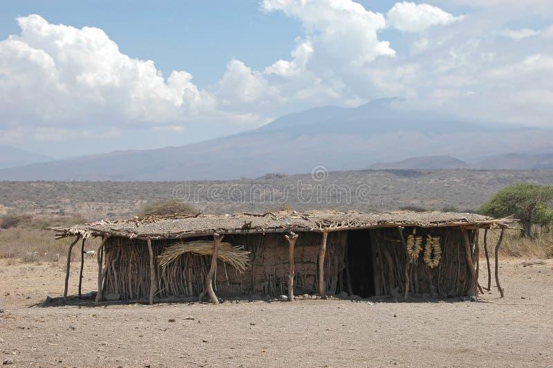 Choza africana de la tribu imagen de archivo libre de regalías