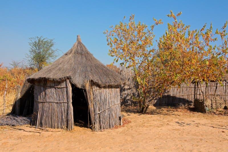 Choza africana rural fotografía de archivo
