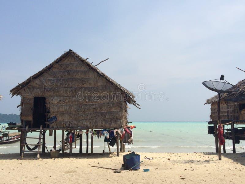 Choza en la playa fotografía de archivo