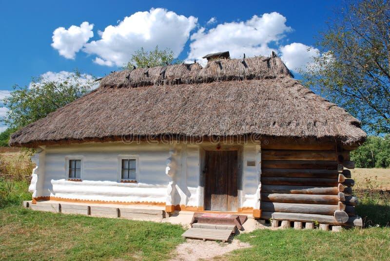 Choza ucraniana tradicional fotografía de archivo libre de regalías