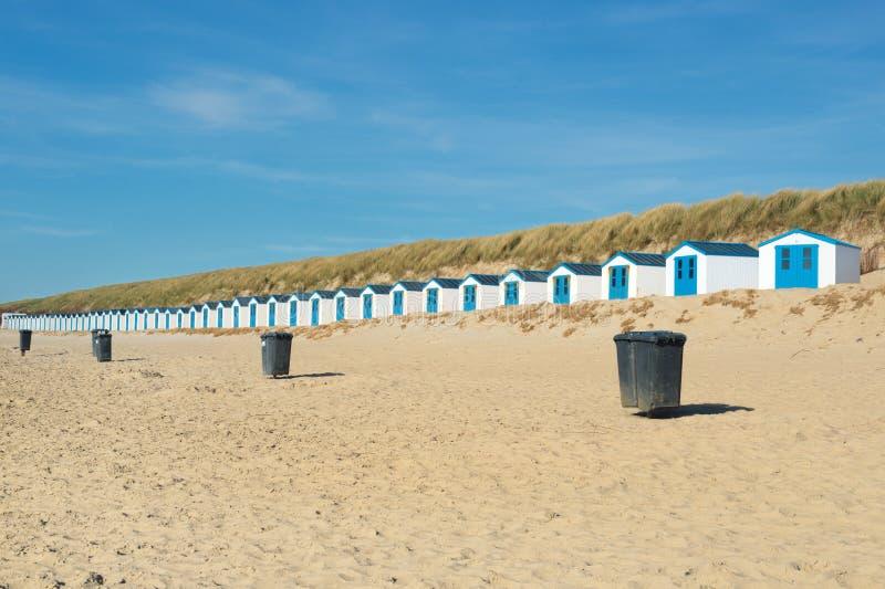 Chozas Azules De La Playa Fotografía de archivo libre de regalías