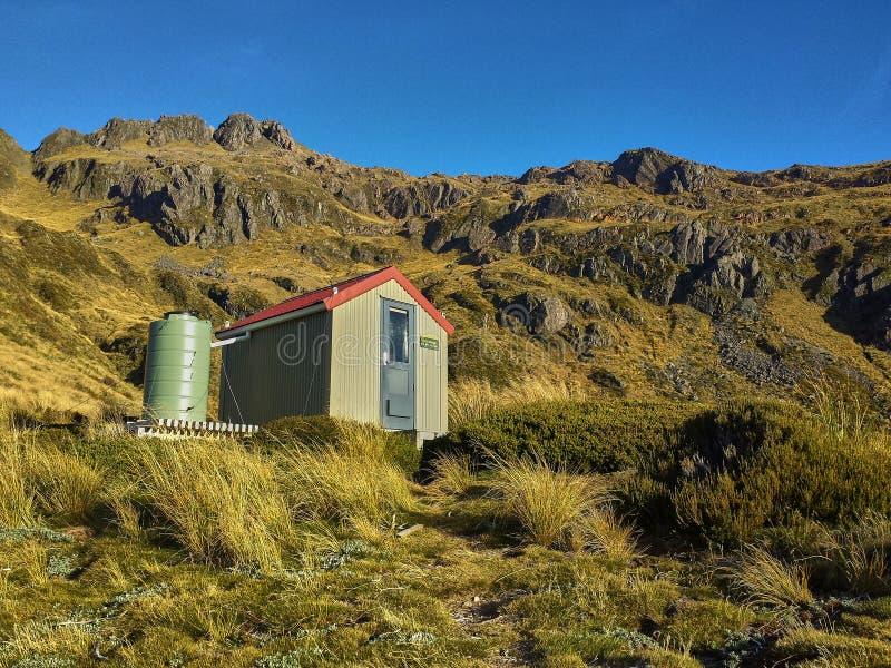 Chozas de la montaña de NZ fotografía de archivo libre de regalías