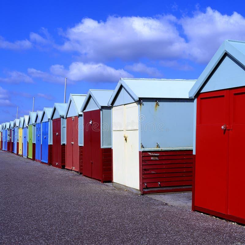 Chozas de la playa en Brighton Inglaterra imagen de archivo libre de regalías