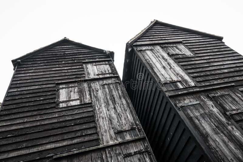Chozas de madera viejas de los pescadores fotografía de archivo