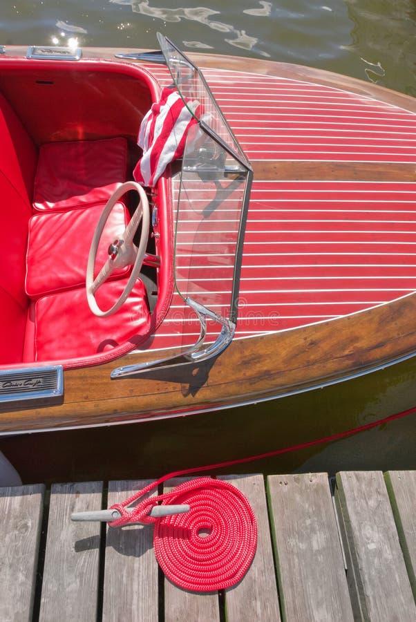 Chris Craft Dizzy! na mostra de mogno do barco das memórias fotos de stock