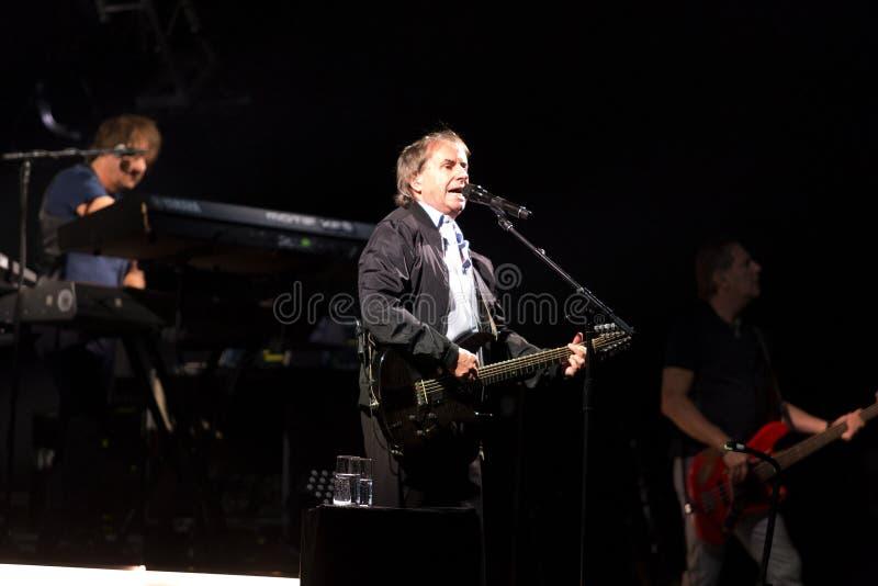 Chris De Burgh no concerto imagem de stock