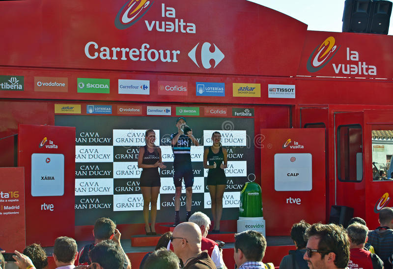 Chris Froome On The Podium que bebe Champagne fotografia de stock royalty free