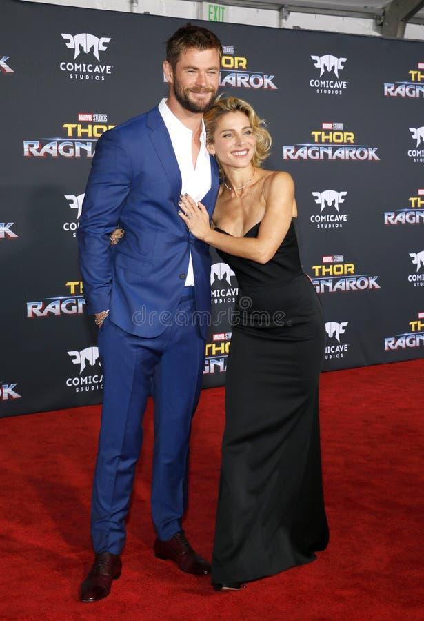 Chris Hemsworth e Elsa Pataky imagens de stock royalty free