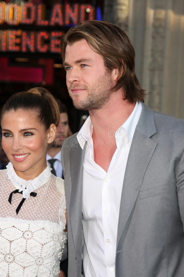 Chris Hemsworth, Elsa Pataky images stock