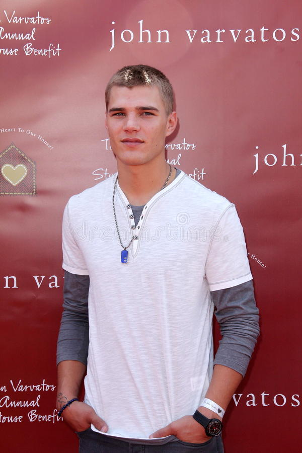Chris Zylka royaltyfri foto
