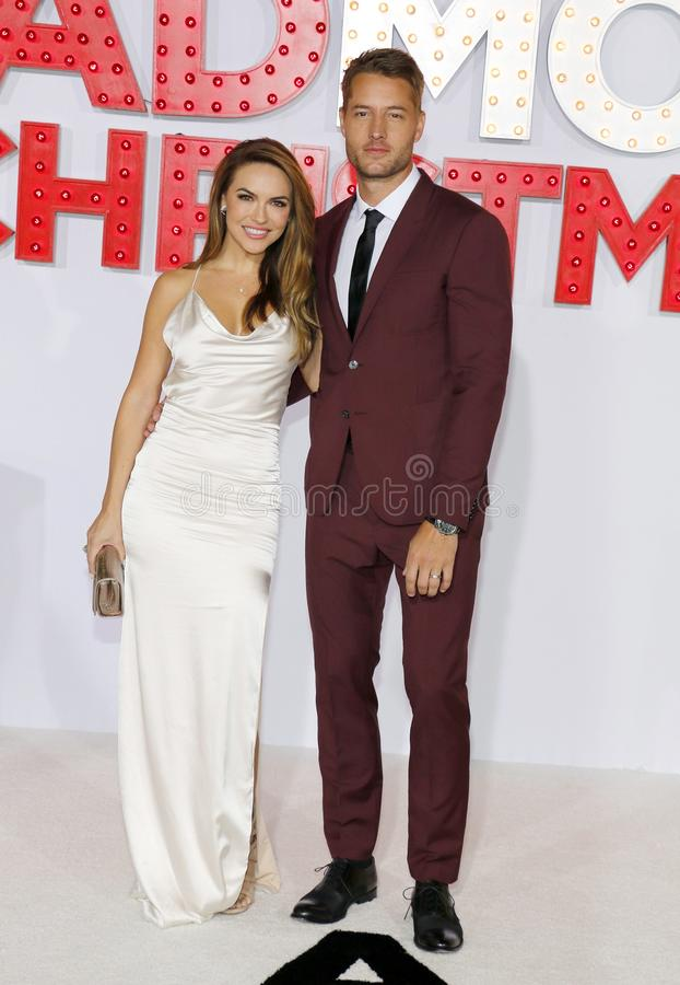 Chrishell Stause et Justin Hartley images stock