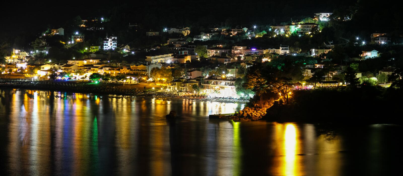 Chrisi Ammoudia bij Nacht Gouden Strand Thassos Skala Panagia Griekenland stock afbeeldingen