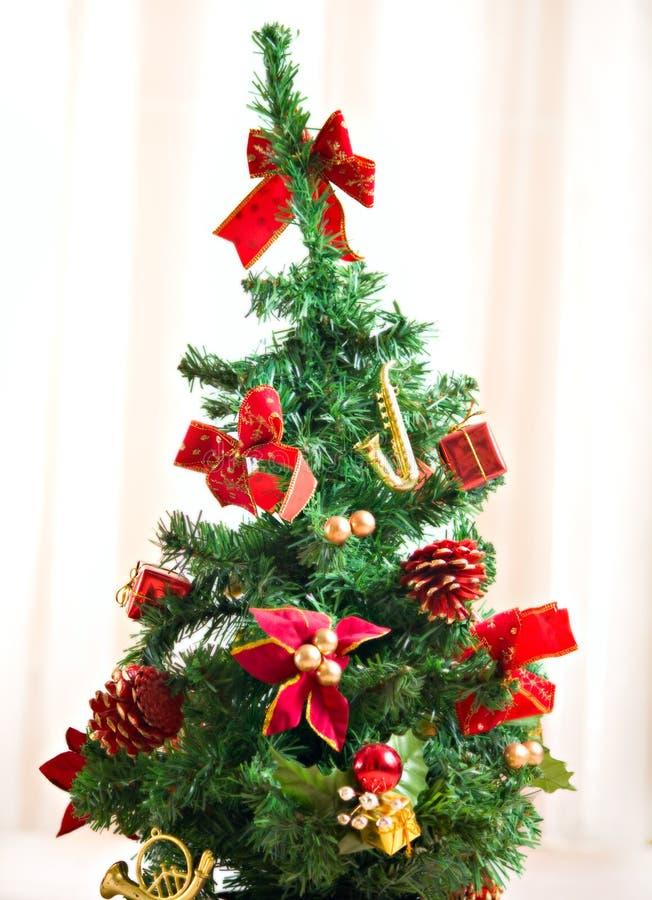Free Chrismas Tree Winter Decoration Royalty Free Stock Photos - 12733118