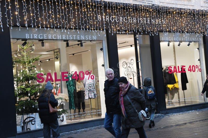 CHRISTAS sprzedaż DISOCUNT 40% W KOPENHAGA DENAMRK zdjęcia royalty free