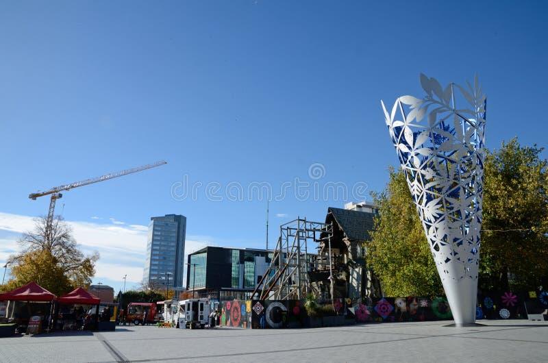Christchurch - kathedraal en miskelk stock foto