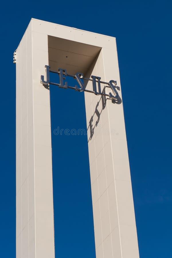 CHRISTCHURCH, NIEUW ZEELAND - Mei 20, 2012: Het teken van JESUS op de kerk royalty-vrije stock foto's