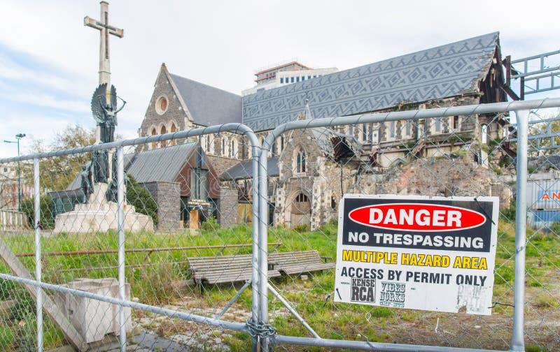 Christchurch, Nueva Zelanda - October-01-2017: Arruinado de la catedral anglicana de Christchurch dañada después de la tierra gra foto de archivo