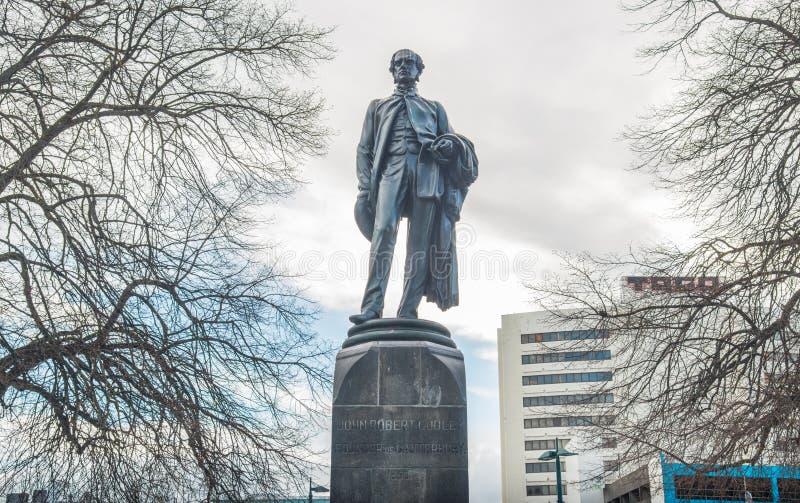 Christchurch, Nueva Zelanda - October-01-2017: La estatua de John Robert Godley el fundador de la región de Cantorbery en cuadrad imagenes de archivo
