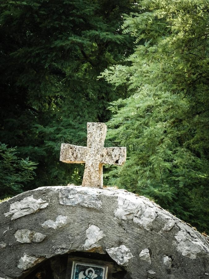 Christelijk kruis, symbool van christendom stock fotografie