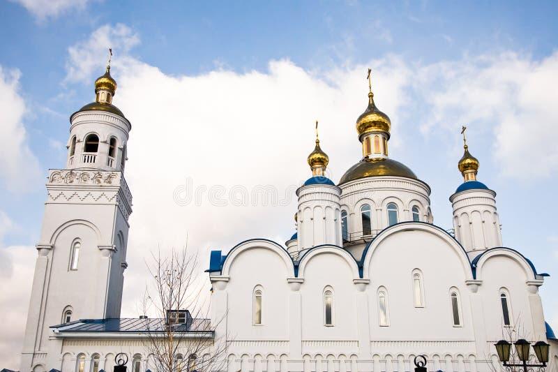 Christelijke kerk in Ð ¡ hebarkul, Rusland stock foto