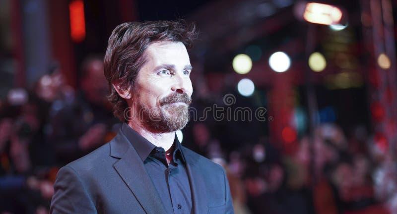 Christian Bale poserar på 'det vice royaltyfri fotografi