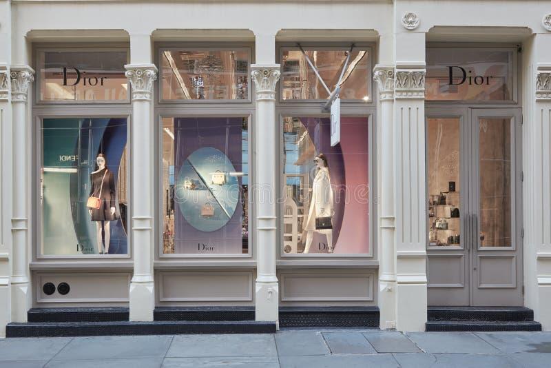 Christian Dior shoppar yttersida i den Greene gatan, i New York fotografering för bildbyråer
