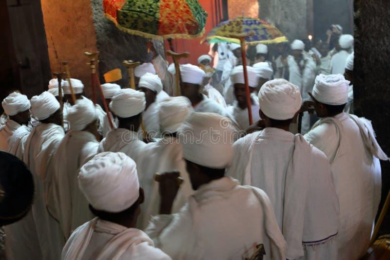 Christian Orthodox-Zeremonie in den Felsritzungskirchen von Lalibela lizenzfreies stockbild