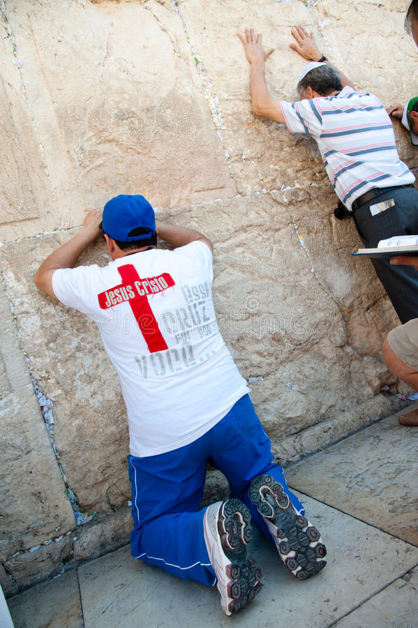 Download Christian Praying At Western Wall Editorial Stock Photo - Image: 21555608