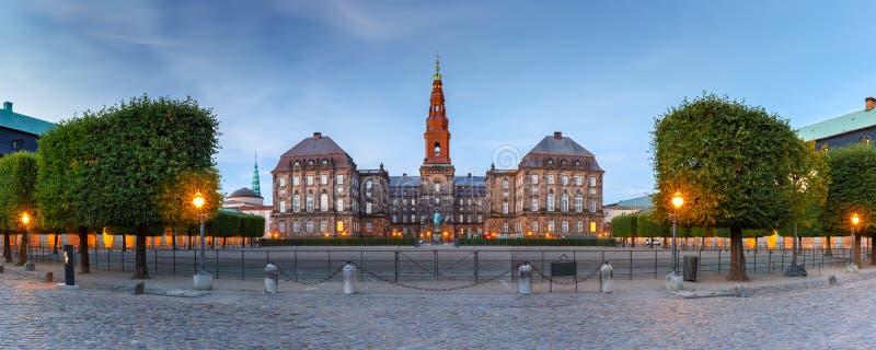 Christiansborg宫殿在哥本哈根,丹麦 免版税库存图片