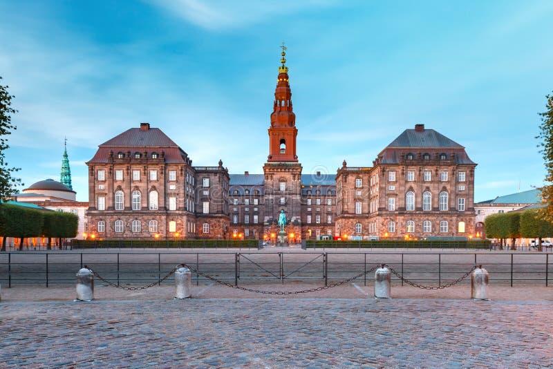 Christiansborg slott i Köpenhamnen, Danmark fotografering för bildbyråer