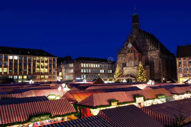 Christkindlesmarkt (mercado do Natal) em Nuremberg fotografia de stock