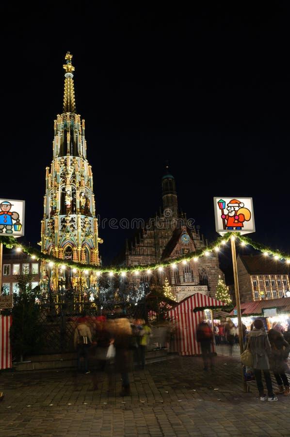 Christkindlesmarkt (mercado do Natal) em Nuremberg fotos de stock royalty free