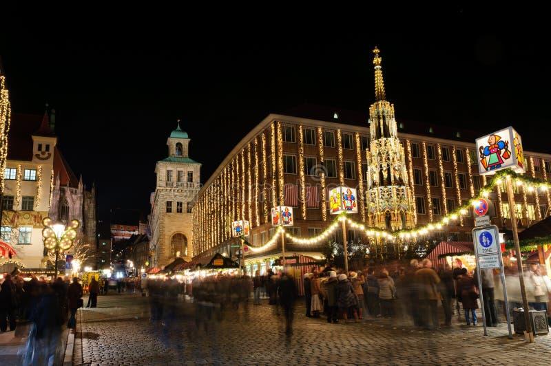 Christkindlesmarkt (mercado do Natal) em Nuremberg fotos de stock