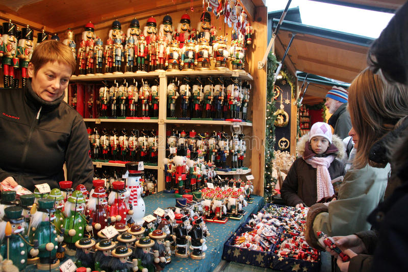 Christkindlmarkt - de Markt van Kerstmis van Wenen stock afbeeldingen
