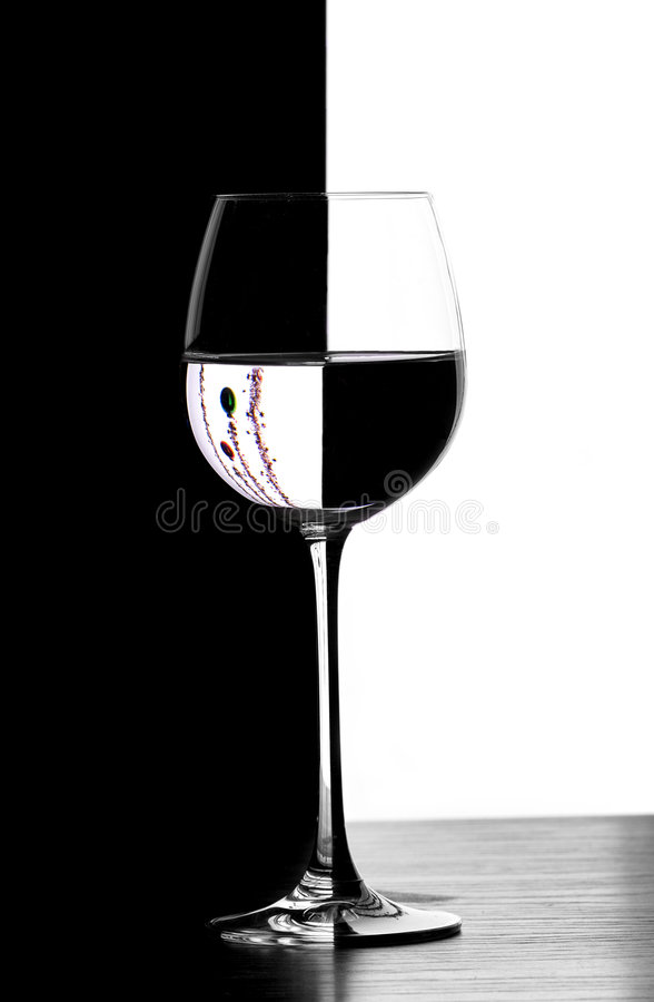 Download Christmad κρασί γυαλιού ντόμινο Στοκ Εικόνα - εικόνα από ύφος, κόκκινος: 380987