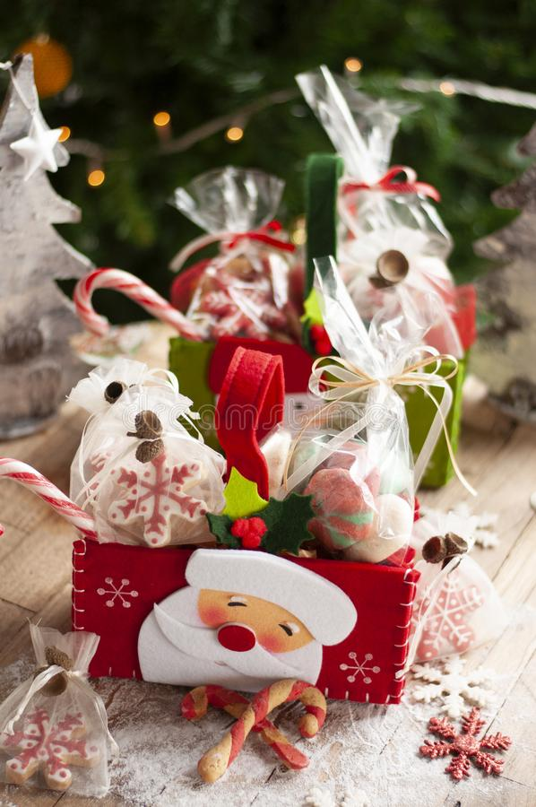 Free Christmas And New Year Gifts And Baskets With Sweets, Alcohol, C Royalty Free Stock Images - 132111989
