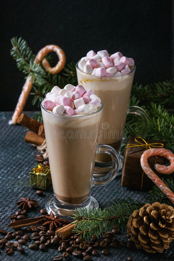 Christmas Cafe Latte With Marshmallow Stock Photo - Image of dessert, christmas: 80395868