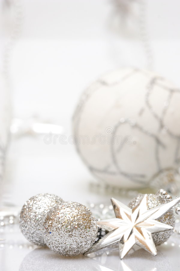 Free Christmas Card With Silver Star And Balls Royalty Free Stock Photography - 1470287