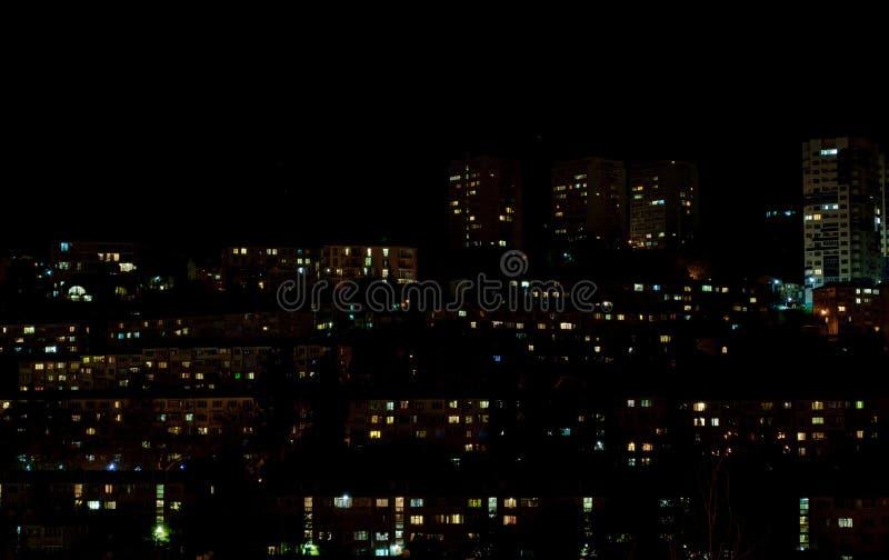 christmas city fairy latvia night provincial shortly similar tale to Σπίτια στις κλίσεις καταρράκτης στοκ εικόνες