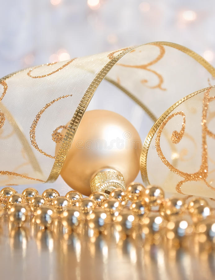 Free Christmas Decoration - Bauble With Ribbon Royalty Free Stock Photos - 11952238