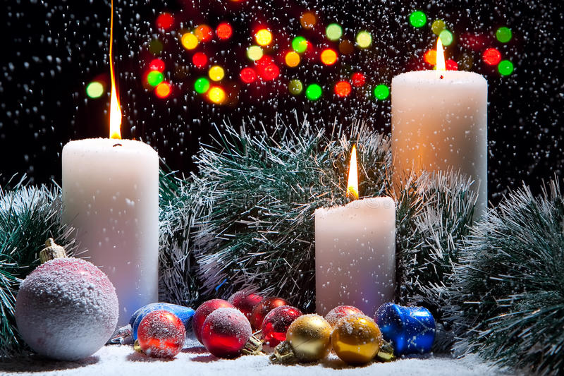 Download Christmas Decorations With Candles Royalty Free Stock Photos - Image: 11955288