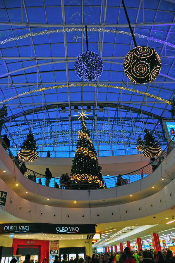 Download Christmas Decorations In The Shopping Mall Editorial Image - Image: 36043145