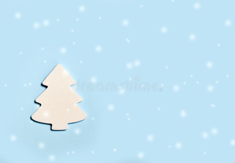 Christmas festive banner background: white christmas tree and confetti with sparkling glitter and stars. vector illustration